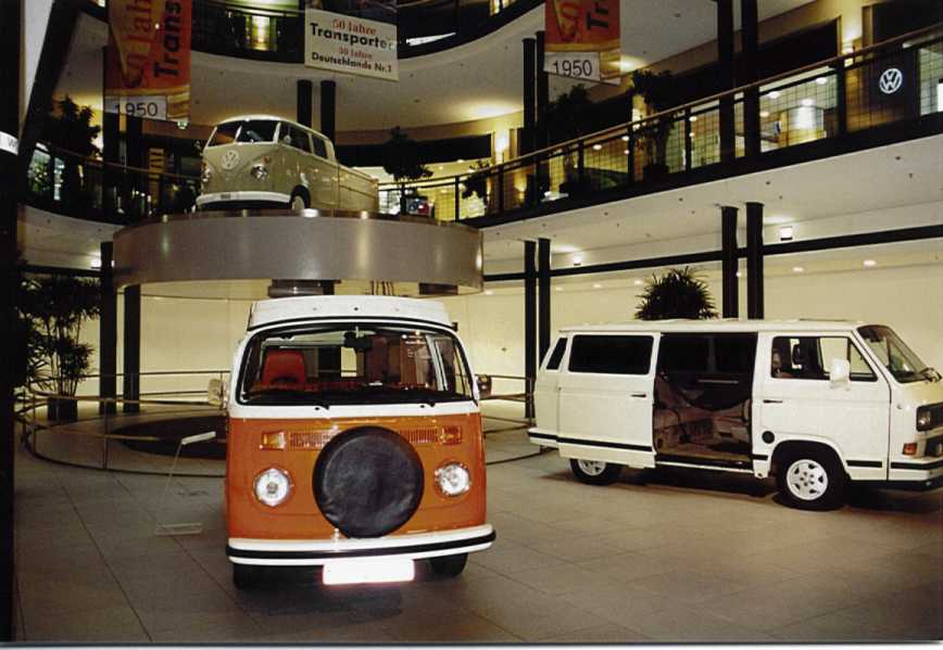 vw transporter generationen show im automobil forum berlin vw bus club koblenz. Black Bedroom Furniture Sets. Home Design Ideas