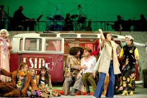 T1 Eastside bei Hair ehrenbreitsetien 2014, foto Matthias Baus für das Theater Koblenz